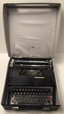RARE Vintage Underwood Slim Portable Typewriter W/ Case -Model 320-Made in Spain