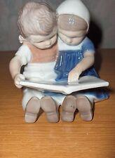Vintage B&G Bing & Grondahl Children Reading #1567 Figurine
