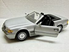 Revell 1990 Mercedes Benz 500SL Hardtop Convertible, Die-cast, 1/18 Scale