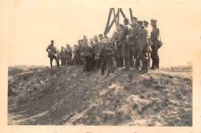 Deutsche Soldaten auf russ. Fort vor Warschau Polen