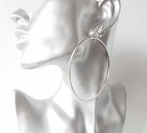 1 pair of gorgeous silver tone fine line pattern  hoop drop CLIP ON earrings