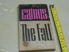 ALBERT  CAMUS  THE  FALL  A VINTAGE  BOOK 1956  PB
