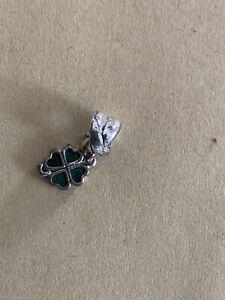 Pandora Charm Silber Moments - Kleeblatt 790572EN25