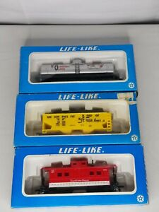 Life-Like 8555 CAMPBELL'S SOUP, 8420 V8 Vegetable Juice, Union Pacific HO SCALE