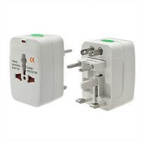 Adaptateur Prise Secteur Universel  110 / 250 Volt 50/60 HZ 10 Ampéres sur 250 V