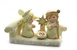 Weihnachtskrippe für Kinder lieblich 14 x 9 cm Keramik Krippenstall
