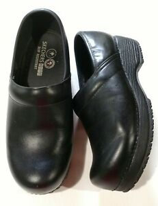 Skechers Work - ladies black slip resistant 76501 2 inch wedge heel shoes - sz 8
