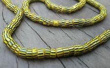 Perles de verre originale du Ghana noir et jaune