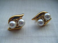 Vintage gold tone faux pearl screw on fit earrings Signed Napier C1980s