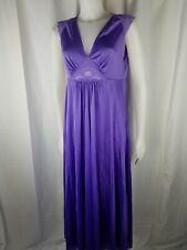 Vintage Van Raalte purple lavender woman M. lace keyhole gown beauty lingerie