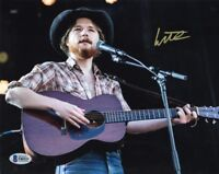 COLTER WALL SIGNED AUTOGRAPHED 8x10 PHOTO COUNTRY MUSIC SUPERSTAR BECKETT BAS