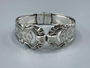 Beautiful Vintage Hallmarked 800 Silver Decorative Hinged Bracelet/Bangle