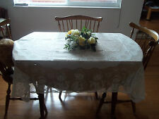 HERITAGE LACE IVORY/CREAM SNOWMAN TABLECLOTH 52X70 BEAUTIFUL ITEM 2765