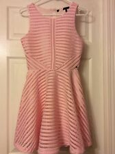 NWT GUESS DRESS SLEEVELESS SMALL PINK COLOR BEAUTIFUL