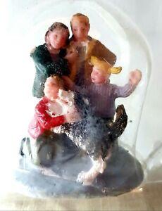RETIRED Lemax Holidays & Seasons Figurine. A new Friend  #02795. c.2010