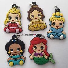 4 PRINCESS CHARMS Sent Random Rubber bracelets keychain Girls Loom Bands