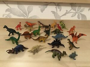 14x Small Dinosaur Figures / Toys / Cake Toppers - Assorted Dinos FREE POSTAGE