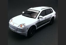 1/18 Welly Porsche Cayenne Turbo Sports Cup Nuremberg 76225