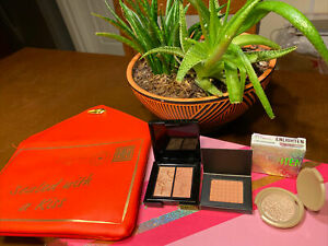 NEW February 2021 Ipsy Sealed with a Kiss  Cosmetic Makeup Bag & 3 mini Products