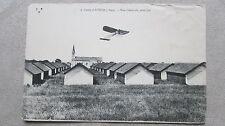 CPA Camp d'Avord (Cher) survolé par un avion. Cachet 39è régiment d'artillerie