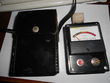 MOISTURE METER , MOISTURE REGISTER CO.  MODEL DX , WITH LEATHER CASE