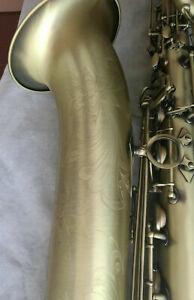 Barítono Saxofón Profesional Nuevo Antigüedad Acabado Con Estuche Boquilla