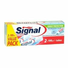 Signal Family Protection Fluoride Toothpaste 2 x 100ml Tubes
