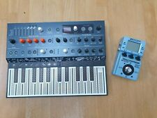 More details for arturia microfreak hybrid analog/digital synthesizer + zoom ms-70cdr