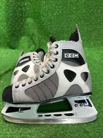 CCM 52 LT ICE HOCKEY SKATES MEN SIZE 9 Adult Senior Very Good Condition