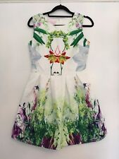Women's Unbranded / White Floral Shift Dress/ Size S