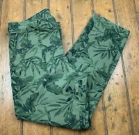 Old Navy Pixie Womens 8 Chino Ankle Pants Olive Leaf Green Tropical Print