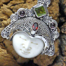 bezaubernde Mondin Dewi Sri Anhänger 925 Silber Granat Handgeschmiedet Peridot