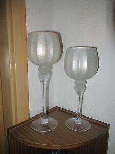 ELAMBIA 2 Glaskelche mit Spiegeleffekt + Kerzen, Höhe 30 + 35cm Satinweiß