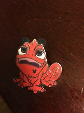Pascal (Orange)from Tangled (Rapunzel) Hidden Mickey Disney Pin