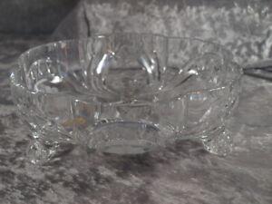 Glashütte Bleikristall schwere große Glasschale auf Fuß Mundgeblasen Handschliff