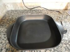 WEST BEND ELECTRIC FRY SKILLET - PAN  WHITE LID -  NON STICK INSIDE  WORKS GREAT