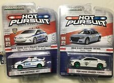 Greenlight Hot Pursuit NYPD New York Police Department Chevy Volt 1:64