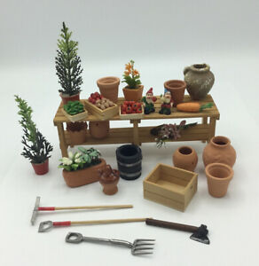 Dolls House Garden Potting Table And Accessories