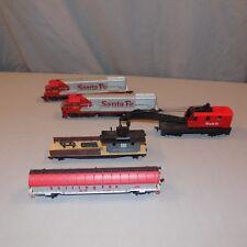 5 piece ho scale train car lot with Santa FE engine & dummy AHM Tyco Rivarossi