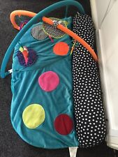 mamas and papas play gym. Unisex. Very good condition.
