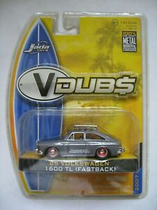 JADA TOYS 2007 WAVE 2 V DUBS '65 VOLKSWAGEN 1600 TL WITH REAL RUBBER TIRES