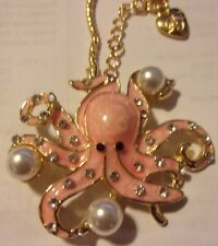 NWT BETSEY JOHNSON NECKLACE PINK PENDANT BROOCH OCTOPUS FAUX PEARL CRYSTAL 26""