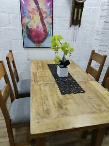 Oak Extending Dining Table and 4 Grey Chairs, Good Condition,Free Delivery 🚚