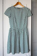 Ladies Spring / Summer Short Sleeved Dress -Geometric Green lightweight-size 8