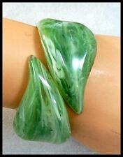 Vintage 1960s Green Swirl LUCITE Simulated Bakelite Hinged Clamper BRACELET