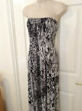 Stunning Maxi Dress - Black/White - Size 20 - 22 - New with Tags