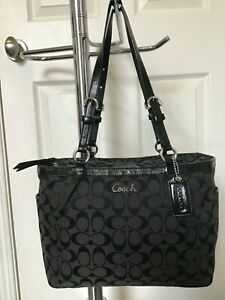 COACH LARGE BLACK SIGNATURE GALLERY TOTE ZIP CLOSURE PATENT LEATHER STRAPS LOOK!