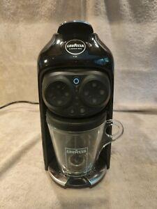 Lavazza Desea Coffee Machine (18000290) & Milk frother LM950 - Black Ink
