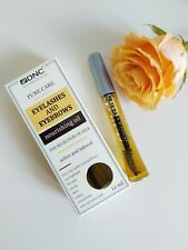 Nourishing oil for eyebrows and eyelashes.