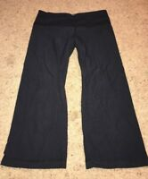 Lululemon Black Capris Pants Womens Size 4 yoga athletic